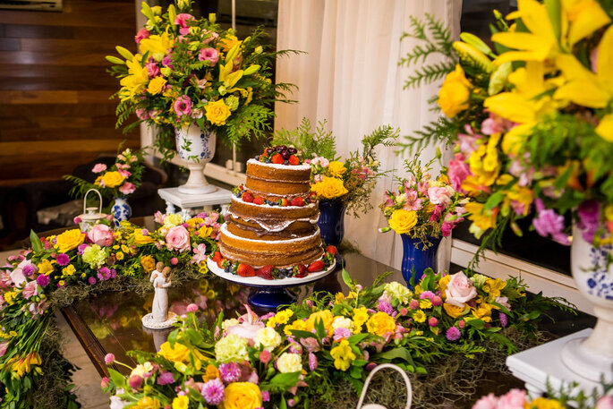 Denise Claverie - Decoração e Design Floral
