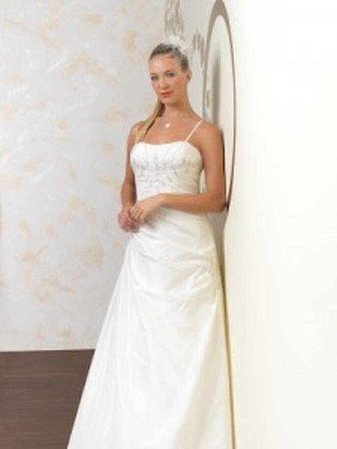 Brautkleider von KLEEMEIER Kollektion 2011