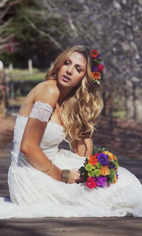 Fröhlich und lebendig wirken bunt gemischte Blumensträuße – Foto: josee