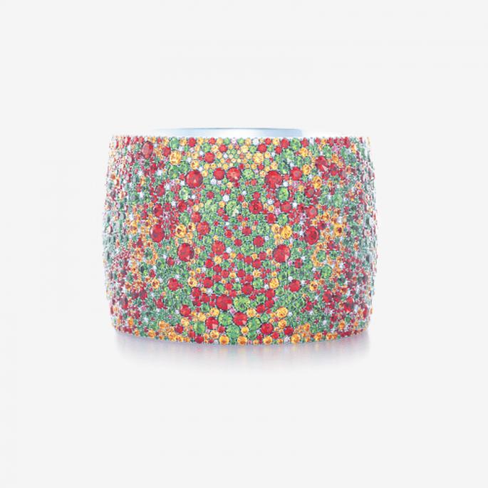 Brazalete para novia cubierto con piedras preciosas multi color - Foto Tiffany & Co