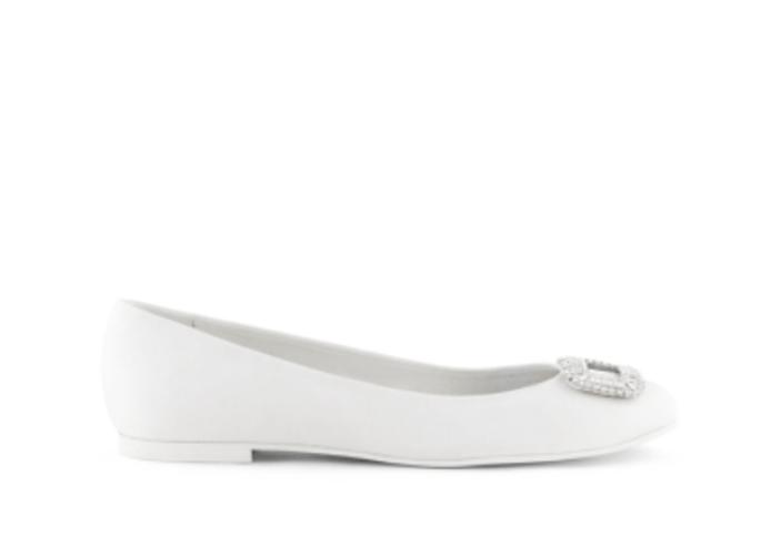 Zapatos de novia en color blanco para boda 2013 - Foto Rosa Clará