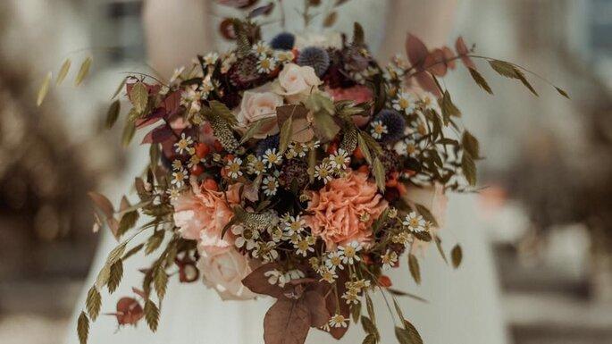 Bouquet de fleurs séchées pour un mariage
