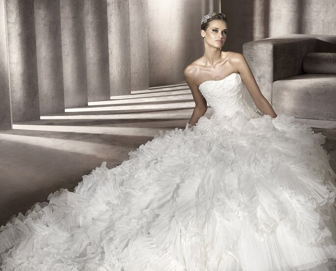Faldas amplias para vestidos de novia. Modelo Panda-A. Foto: Pronovias