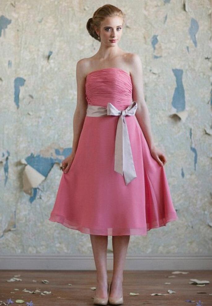 a5b8f7f65 Vestido vintage en color rosa para damas de honor - Foto  Ruche
