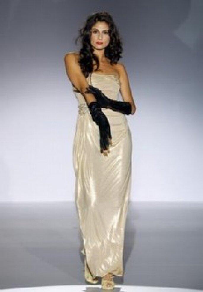 Colección de vestidos de fiesta Matilde Cano 2011