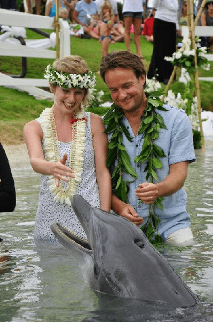 Boda con los delfines en Hawaii. Foto: Julia Bach