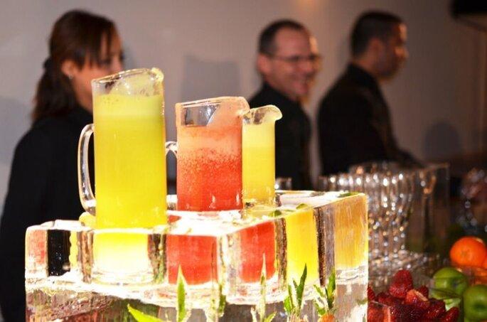 Le bar à jus de fruits, idéal pour se rafraichir pendant le vin d'honneur