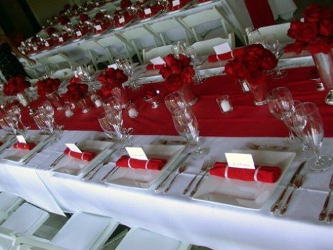 Le rouge, la couleur à adopter pour un 14 février ! Source : Bagdwa