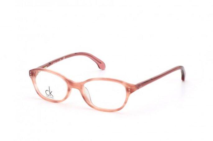 Ronde ou rectangulaire, en plastique ou en titane, invisible ou colorée : à vous de choisir la paire de lunettes de vos rêves ! - Mister Spex