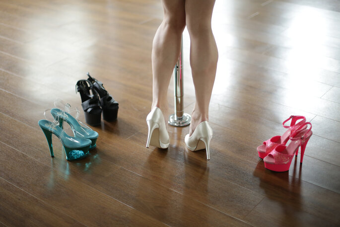 Pole Dance Kurs zum Junggessellinnenabschied