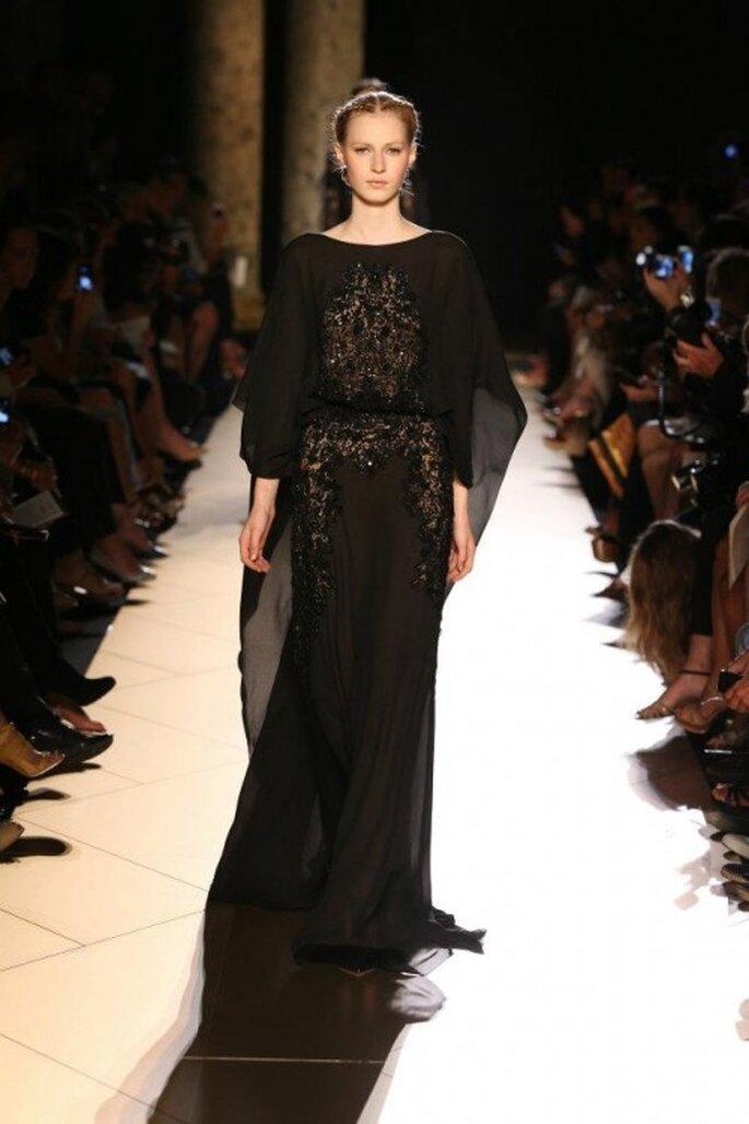 Vestido de gala en color negro - Foto Elie Saab 2013