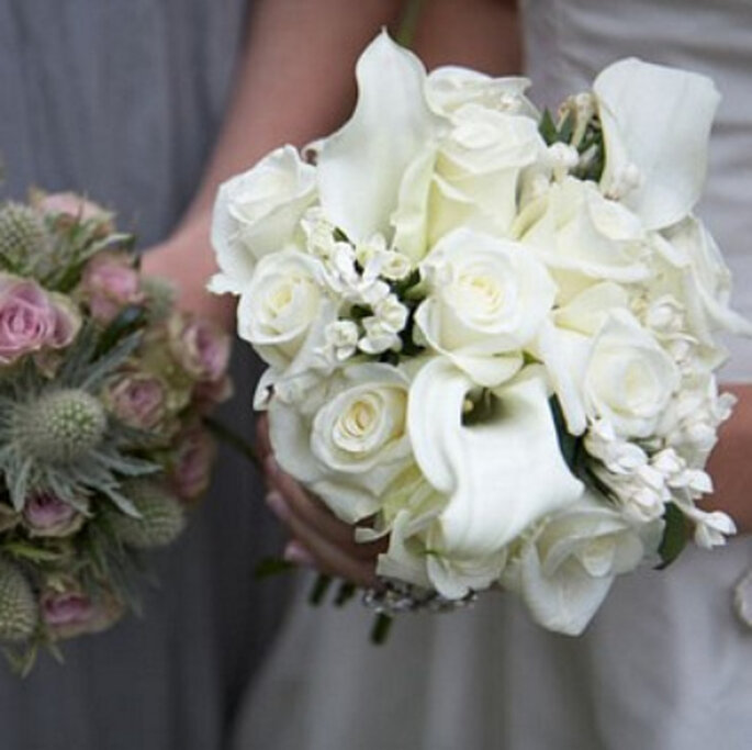 Bouquet de mariée blanc : romantique à souhait. - Source : www.noviasybodas.cafeversatil.com