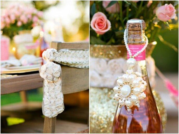 Detalles de boda en color rosa y dorado Foto: Set Free Photography