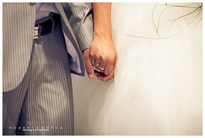 Elegantes argollas de matrimonio - Foto Roberto Ramos