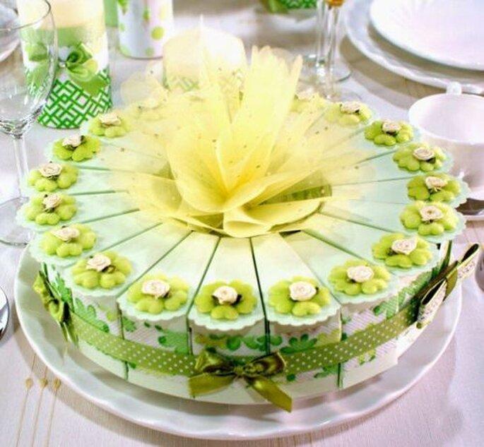 Boîtes en forme de parts de gâteau, AliExpress