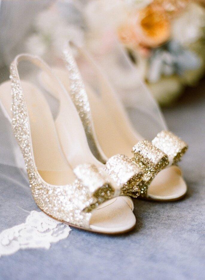 Zapatos de novia metalizados para 2015 - Foto Jen and Jonah