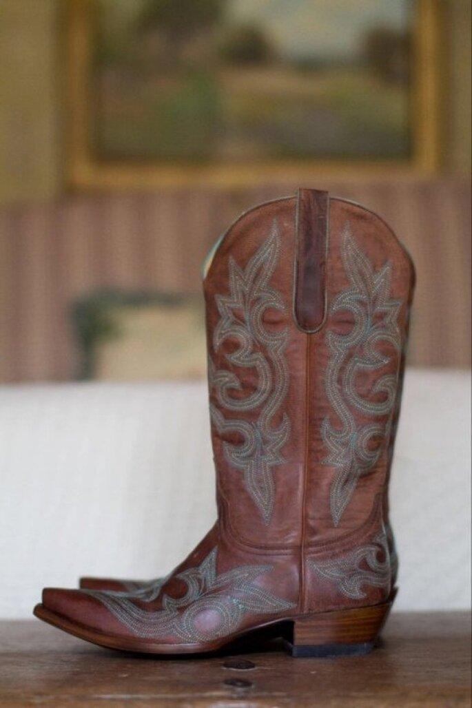 Elige un par de botas para tu look de novia - Foto Karlisch + Wrubel