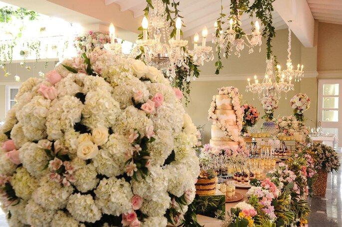 David Betancur Wedding Planner - Floral Designer.