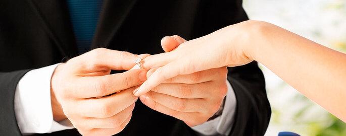 Foto portada: Shutterstock - Marriage Proposal. Vídeos: Storyful