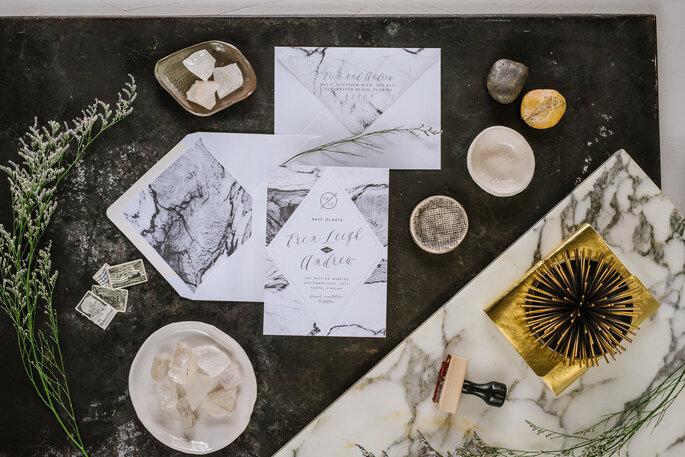 Identidade visual com efeito marble