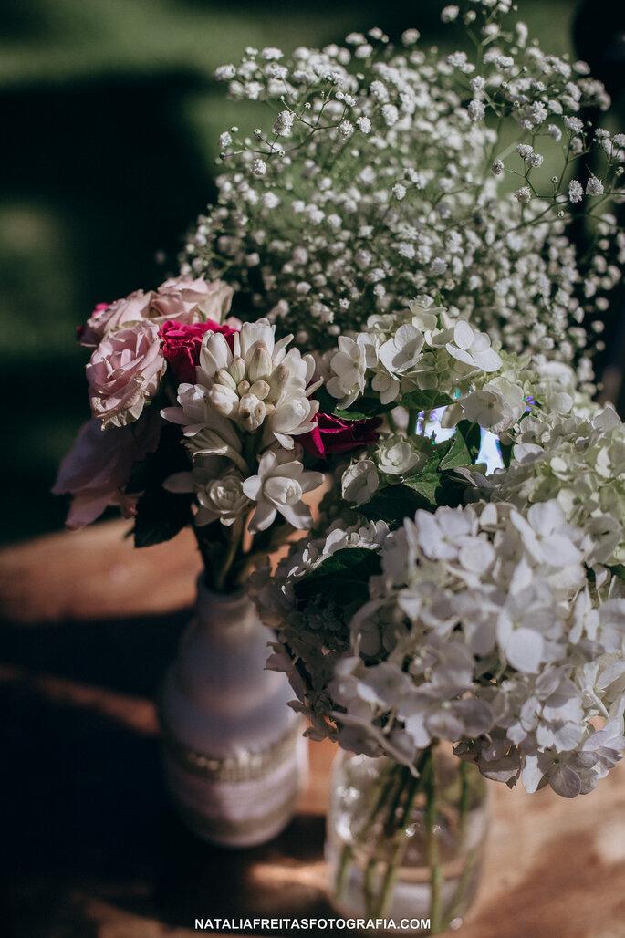 Flores e decoração: Enfeita | Foto: Natalia Freitas