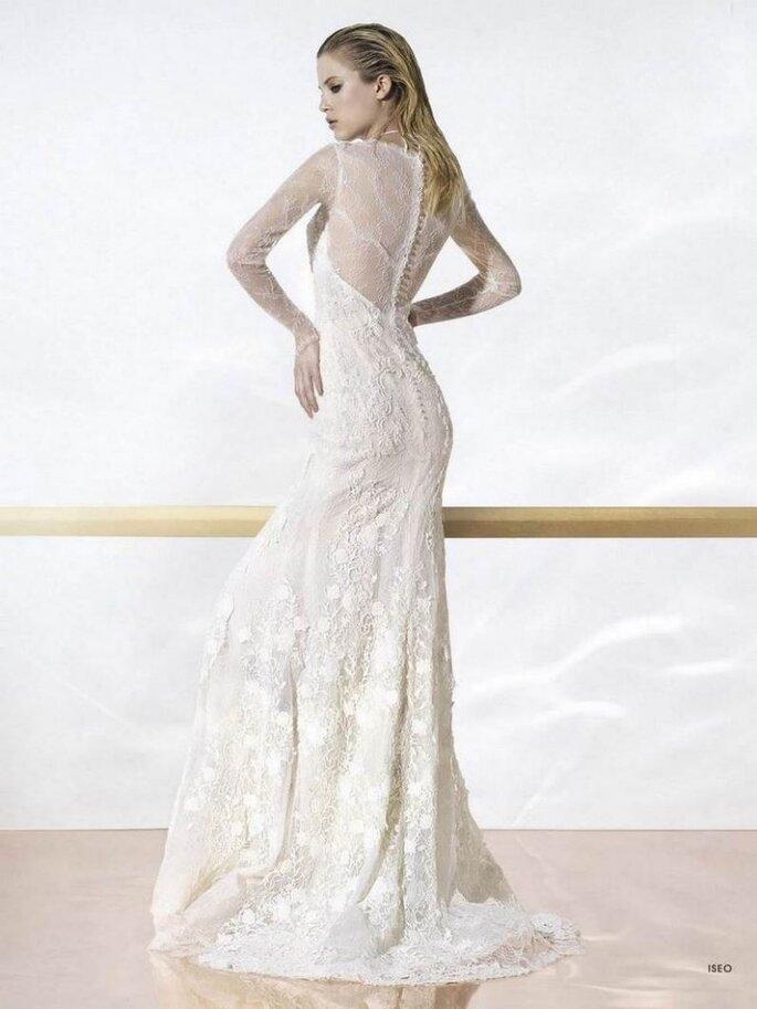 Vestido de novia Iseo de Yolan Cris 2014. Vista posterior. Foto: www.yolancris.com
