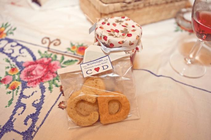 Recuerdos económicos para personalizar tu boda - Foto Cotton Candy Weddings