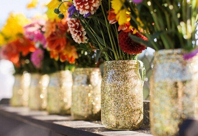 Centros de mesa con glitter y diamantina - Foto Anne Jaye Photography