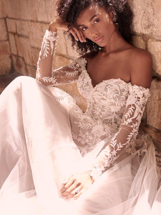 Maggie SotteroVestido de novia en escote corazónVestido strapless con bodice y adornos de cristal