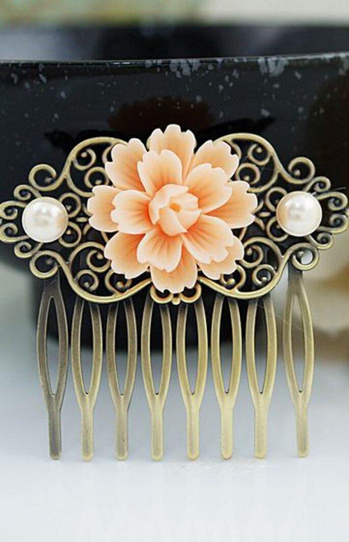 Fermaglio della sposa - Foto by Pinterest via Earringsnation