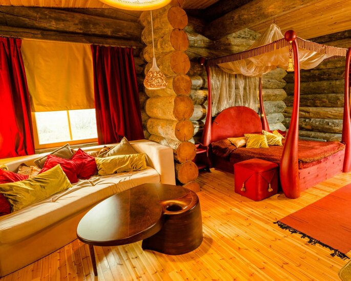 Kakslauttanen Arctic Resort - Queen Suite