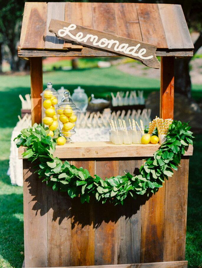 Laat jouw gasten hun eigen limonade maken! Credits: Danielle Poff Photography
