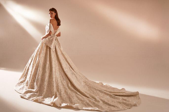 Vestidos de novia con cintas o lazos