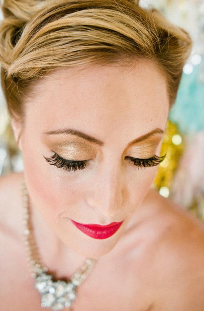 Lange Wimpern bei der Hochzeit sorgen für einen strahlenden Blick – Foto: stylemepretty.com