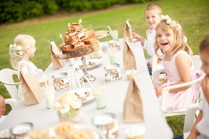 Entretener a los niños en tu boda - Emily G Photography