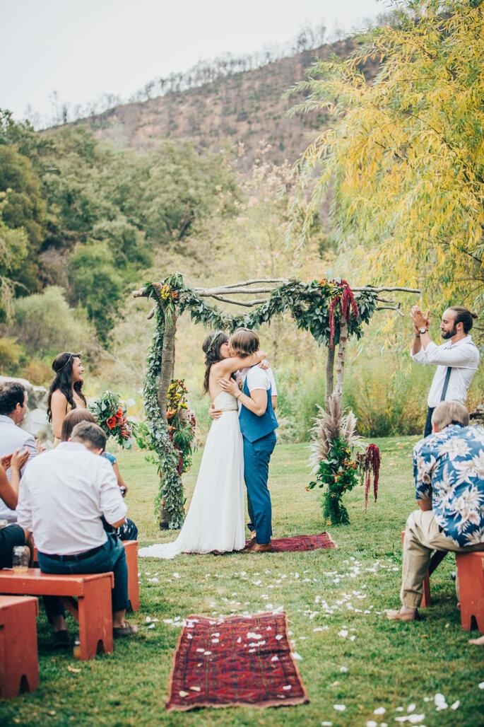 Matrimonio Tema Hippie : Un matrimonio a tema hippie ecco come ricreare la magica