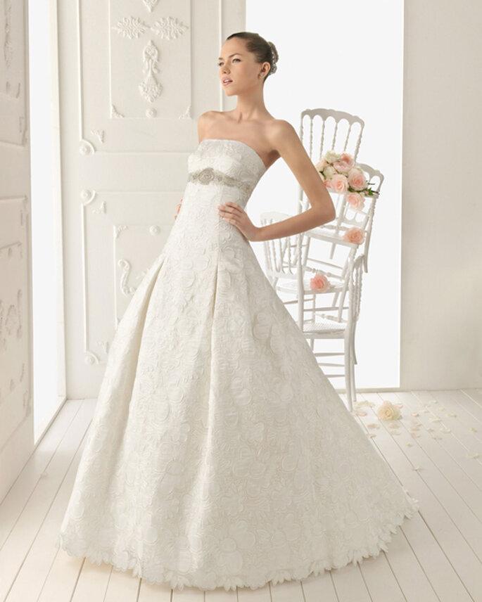 vestidos de novia con pedrería 2013