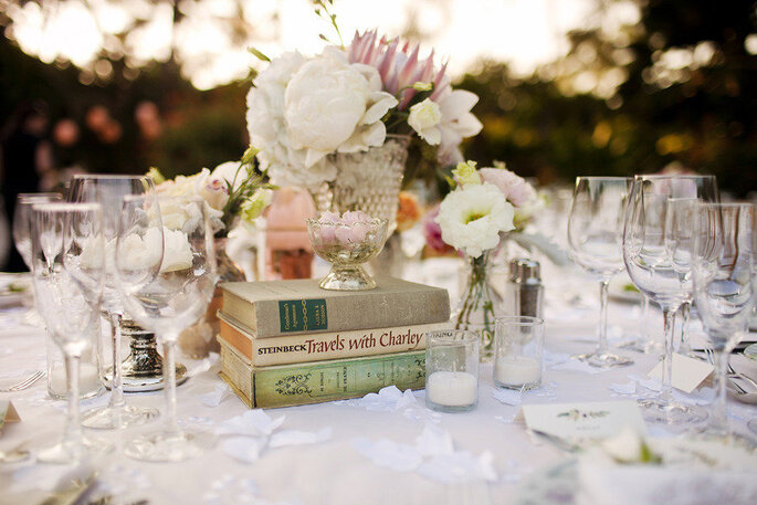 Decora tu boda con libros la tendencia m s original de la - Libros para decorar ...