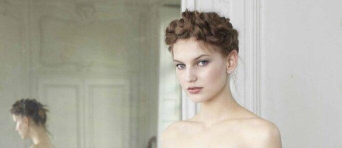 Se coiffer seule le jour de son mariage : pourquoi pas ? - (C) Delphine Manivet pour La redoute