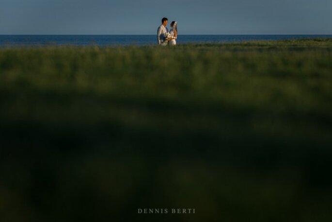 Real Wedding: La boda espectacular de Danielle y Kyle en Cabo del Sol con música de mariachi - Foto Dennis Berti