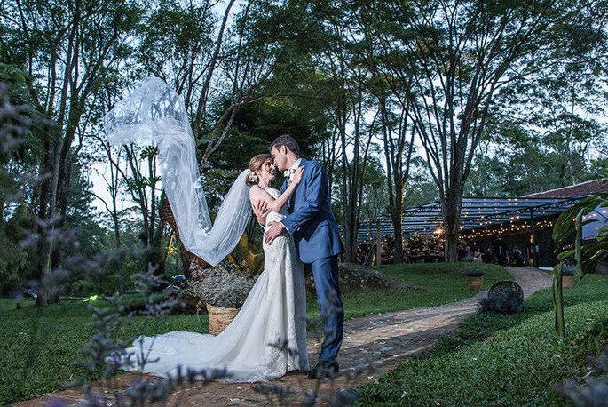 O perfil de noivos é variado, mas em comum o bom gosto e o desejo de contar com a presença da natureza no seu casamento