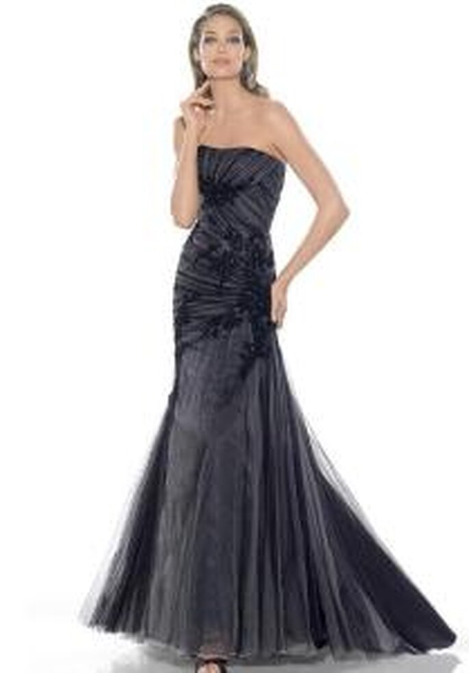 La Sposa 2009 - Vestido negro largo con escote recto