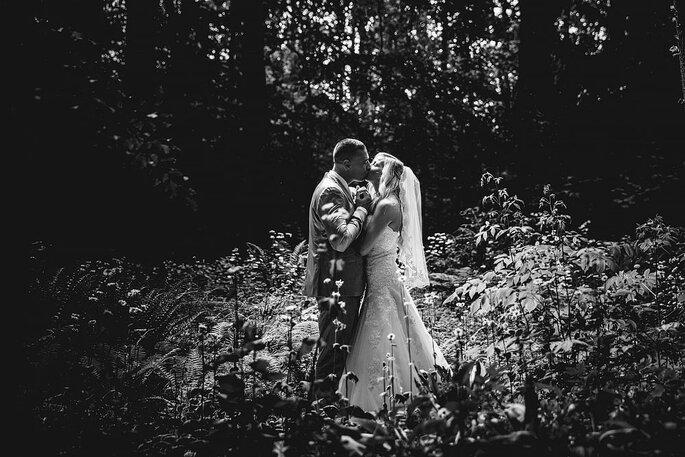 petite buitenlandse bruiden borst