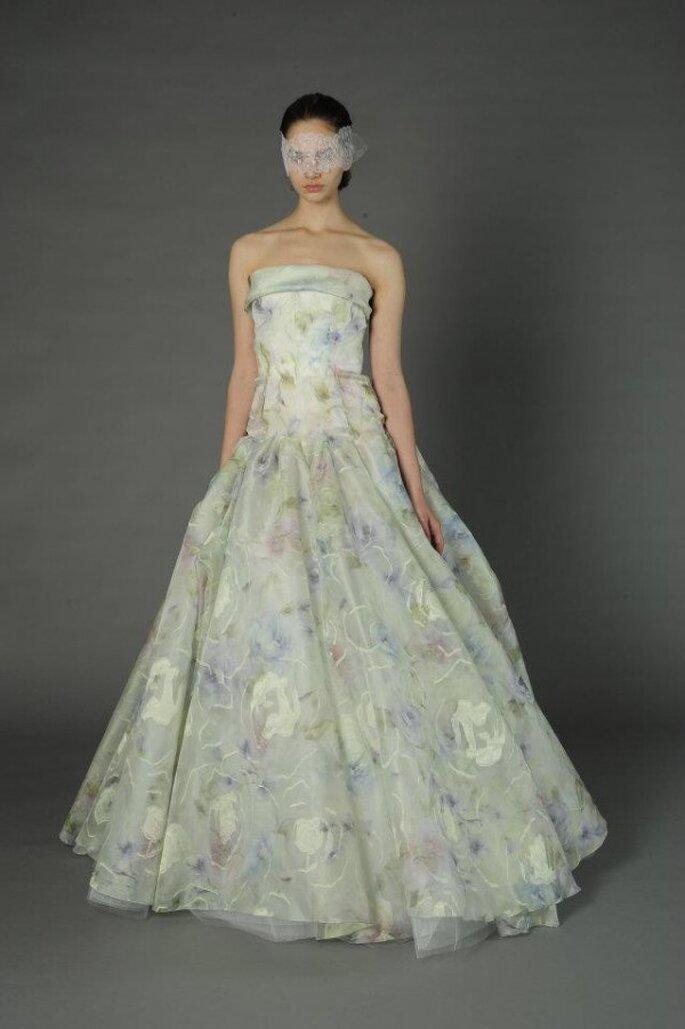 Vestidos de novia con estampados de flores - Foto Douglas Hannant