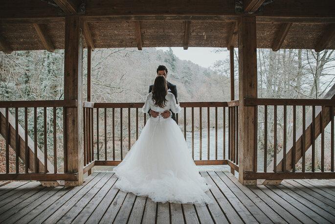 noivos de inverno casamento neve