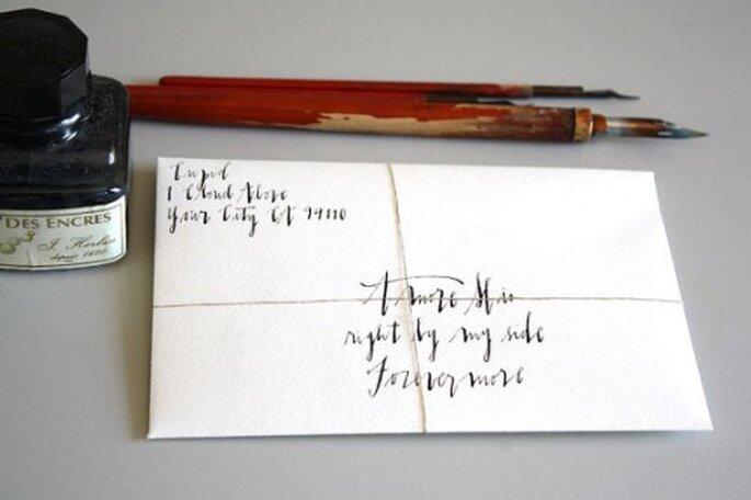 Demuéstrale tu amor y escríbele una carta de amor muy romántica - Foto Etsy