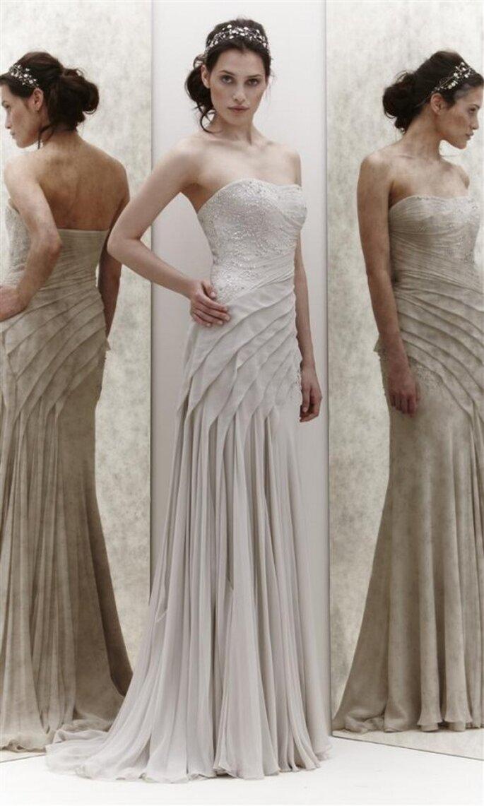 Vestido de novia recto con falda plisada - Foto Jenny Packham 2013