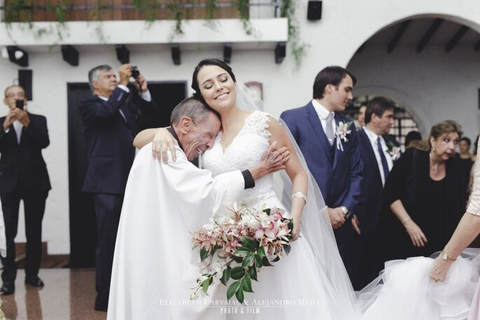 Elizabeth Carvajal & Alejandro Mejía - Photo & Film