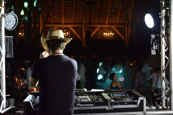 DJ Kurro Zapata