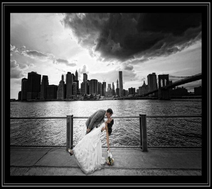 Sposi a NYC. Foto: Gardner Hamilton
